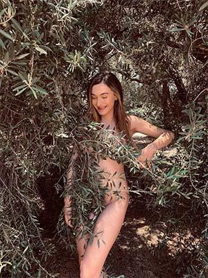 Francesca de Lyon, transexuelle relax