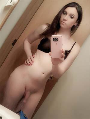 Plan sans attache avec sexy tgirl de Bagnolet